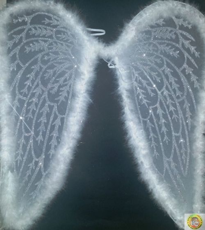 Ангелски крила-бели с пухчета